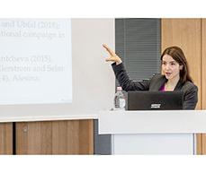 Prof. Stefanie Stantcheva referierte in ihrer Keynote zu öffentlichen Wahrnehmungsproblemen in der Migrationsdebatte und die Auswirkungen auf die Meinungsbildung in modernen Wohlfahrtsstaaten